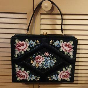 Vtg 50s Ladies Floral Tapestry Handbag